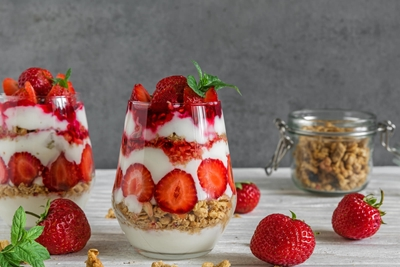 Mothers Day Dessert : Strawberry Fool